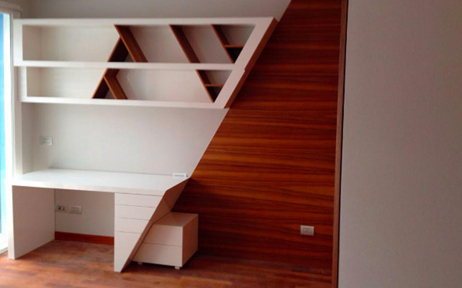 Scrivania E Libreria In Stile Moderno
